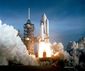 Space_shuttle_launch