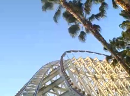 California Screamin' Roller Coaster (Image by Ken Denmead)
