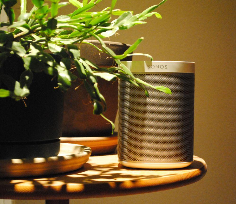 Sonos Play: 1 wireless speaker looks as good as it sounds
