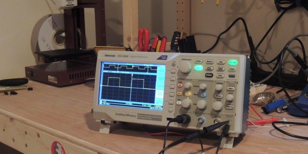 Tektronix TBS1202B Oscilloscope