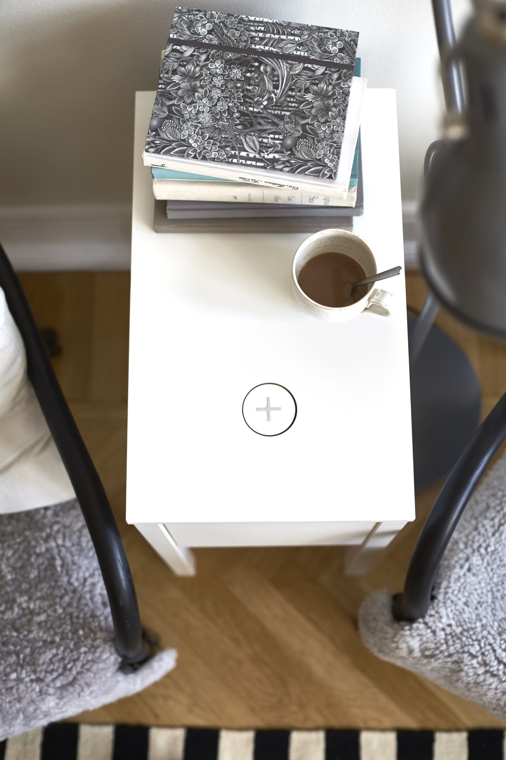 ... IKEA Qi Wireless Charging End Table