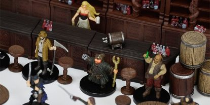 'Pathfinder' Miniatures Review: 'Rusty Dragon Inn'