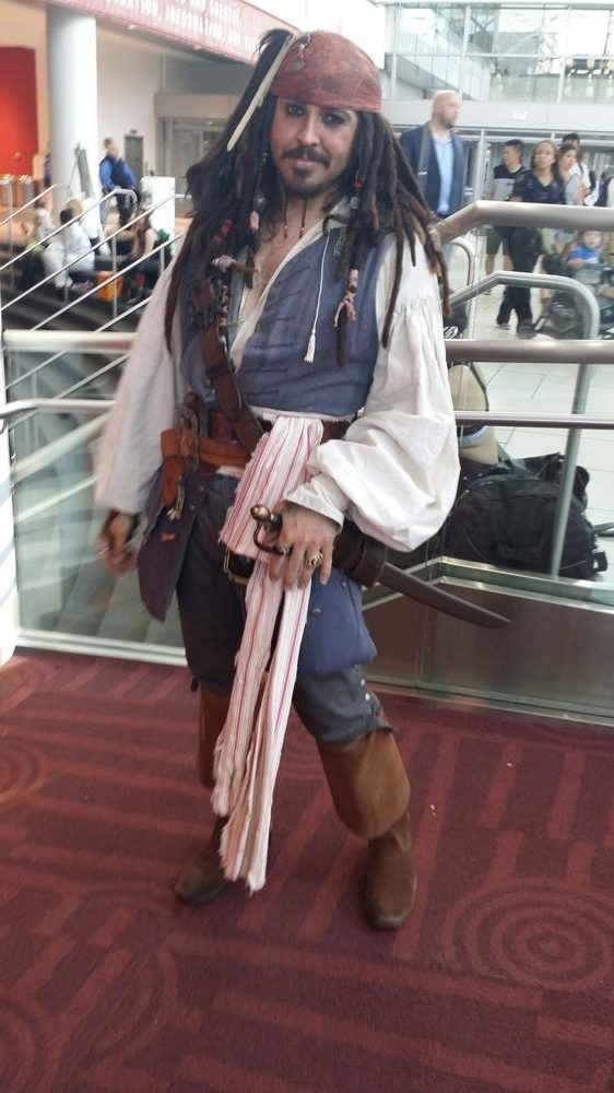 Capt. Jack Sparrow cosplay: Mike Sheridan. Mike had the role down pat as he spoke with a drunken lisp. For a second, I thought I was talking to Johnny Depp playing Capt. Sparrow.