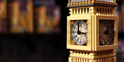 Timelapse of a Build of the New LEGO Big Ben