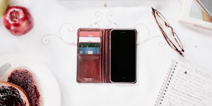 Hands-On With Edward Field's Phone Wallet and a Look at Its New Line for Women
