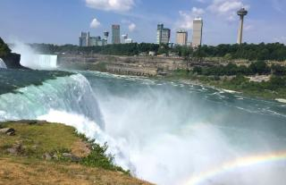 Niagara Falls: Cross the Rainbow Bridge for a Different Perspective