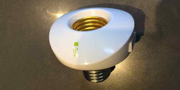 Gadget Bits: LampChamp Turns (Some) Lamps to USB Chargers