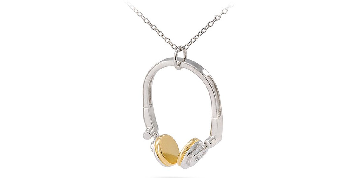 Headphone Necklace  Image: RockLove Jewelry