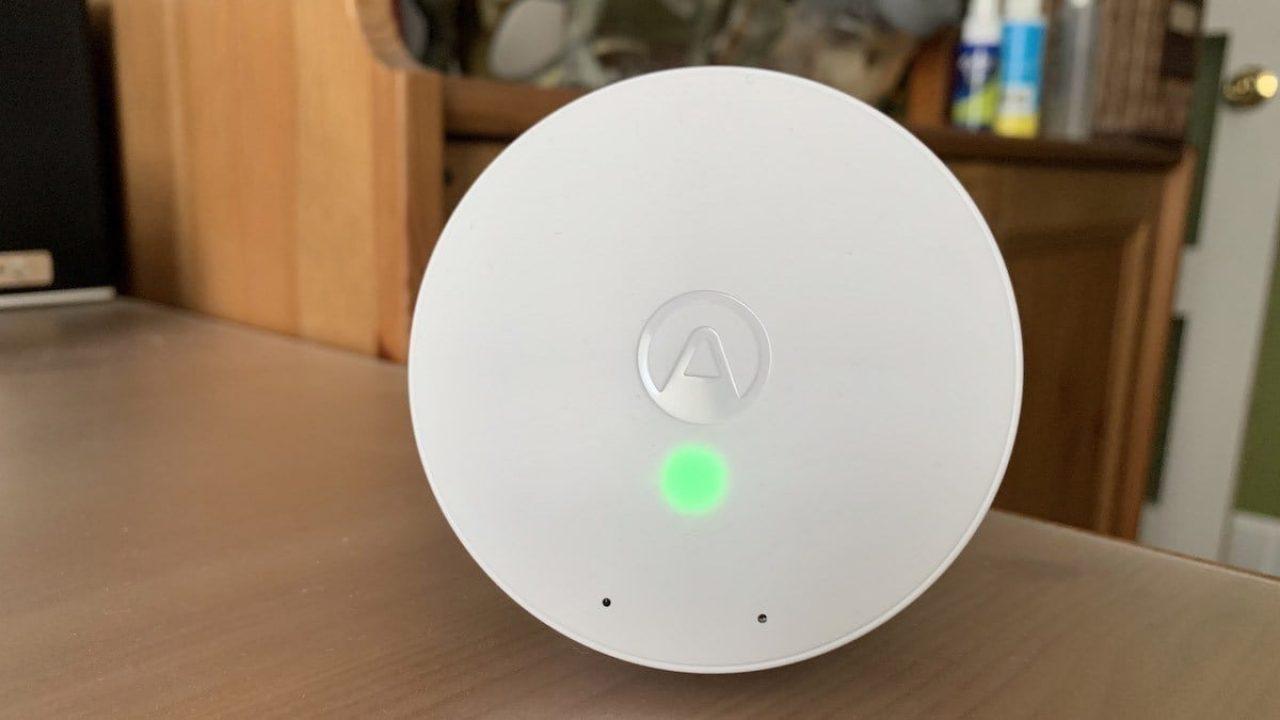Airthings Wave Mini Smart Indoor TVOC Air Quality Detector w// 3 x AA Alkaline
